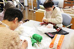 編み物教室の様子